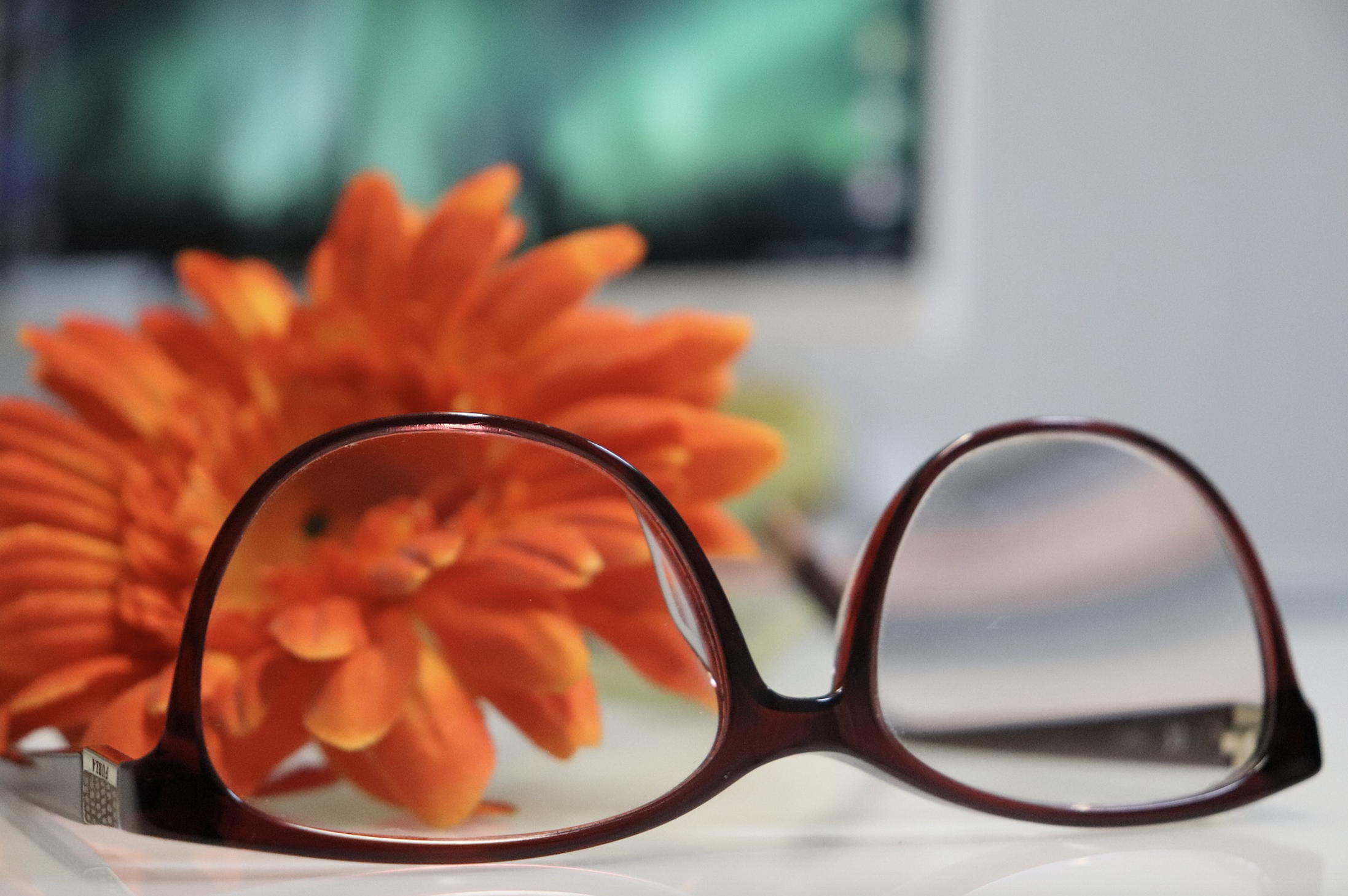 Image of glasses with flower